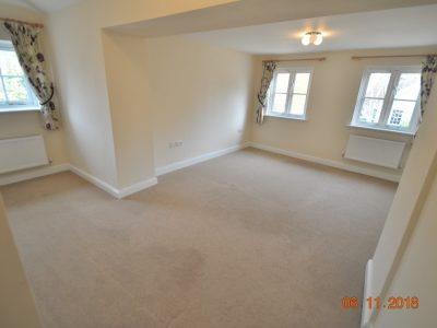2 bedroom mews house to rent